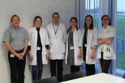 Oprichten van een centrum voor artistieke therapie binnen het zorgprogramma oncologie, voor het ondersteunen en begeleiden van (ex-) kankerpatiënten en naasten