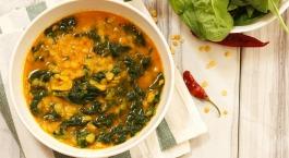 Indische soep met linzen