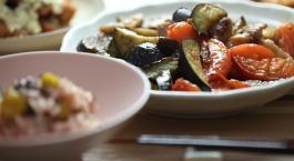 Tofoe met groenten, knoflook en oregano